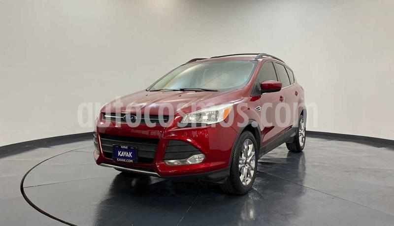 Ford Escape SE Plus usado (2014) color Rojo precio $217,999