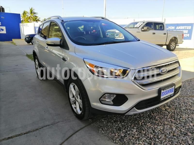 Ford Escape Trend Advance EcoBoost usado (2017) color Plata precio $316,000