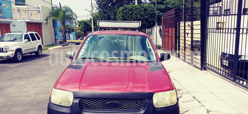 Ford Escape XLT 3.0L V6 usado (2004) color Rojo precio $90,000