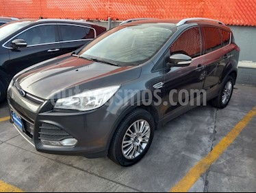 Ford Escape SE Hybrid usado (2015) color Gris precio $239,000