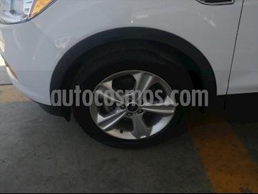 Foto Ford Escape S PLUS  2.5 L usado (2014) color Blanco precio $210,000