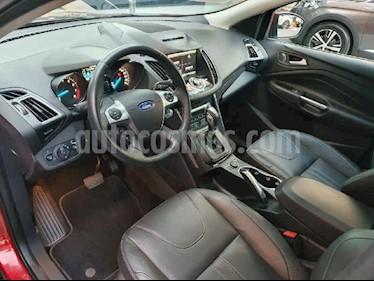 Ford Escape Titanium EcoBoost usado (2016) color Rojo precio $279,900