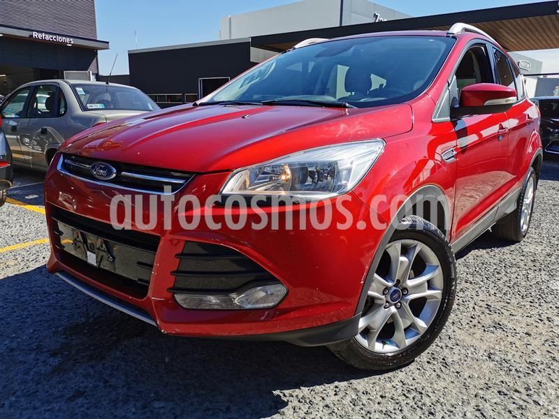 Ford Escape Titanium usado (2016) color Rojo Rubi precio $250,000