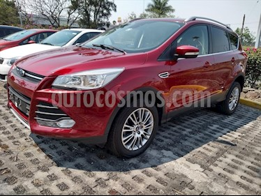 Ford Escape Trend Advance usado (2016) color Rojo precio $240,000