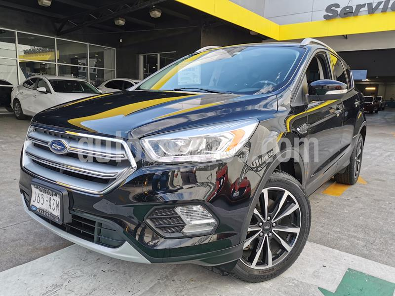 Ford Escape Titanium EcoBoost usado (2017) color Negro Profundo precio $305,000