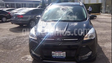 Ford Escape Trend Advance EcoBoost usado (2016) color Negro precio $269,000