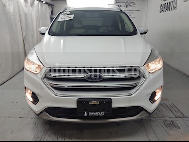 Ford Escape Trend Advance EcoBoost usado (2017) color Blanco Platinado precio $299,000