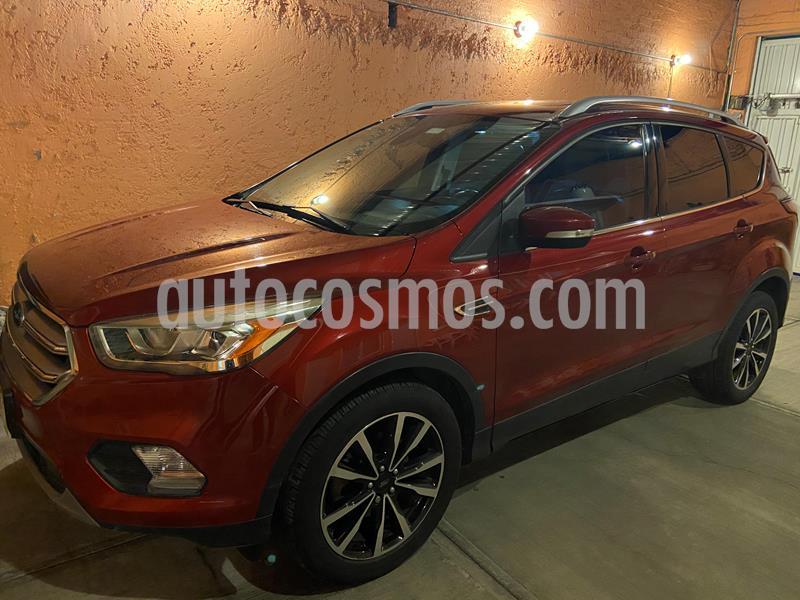 Ford Escape Titanium usado (2017) color Rojo Rubi precio $270,000