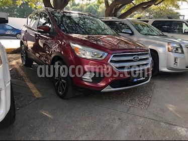Ford Escape Titanium EcoBoost usado (2017) color Rojo precio $305,000
