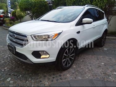 Foto Ford Escape Titanium EcoBoost usado (2017) color Blanco Oxford precio $340,000
