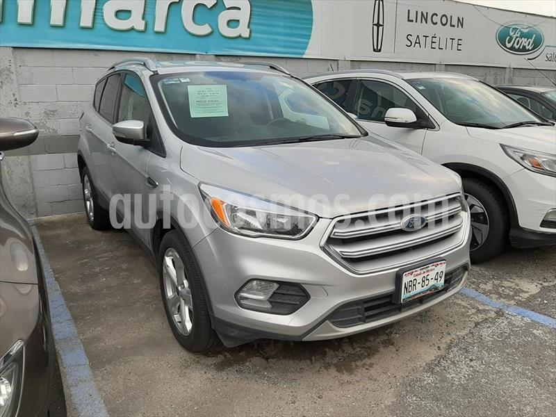 Ford Escape TREND ECOBOOST® usado (2017) color Plata precio $320,000