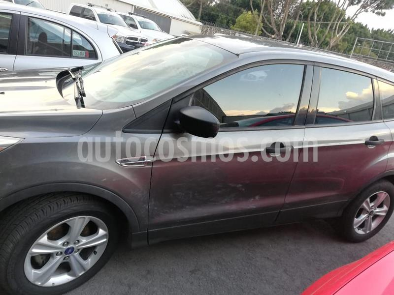 Ford Escape S Plus usado (2013) color Gris Oscuro precio $170,000