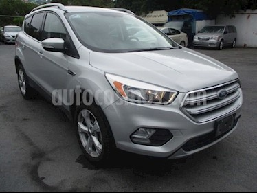 Ford Escape Trend Advance usado (2017) color Gris precio $310,000