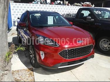 Ford Escape Titanium EcoBoost usado (2019) color Rojo precio $620,000