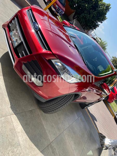 Ford Escape Trend Advance usado (2016) color Rojo Rubi precio $249,000
