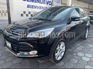 Ford Escape Titanium usado (2016) color Negro precio $299,500