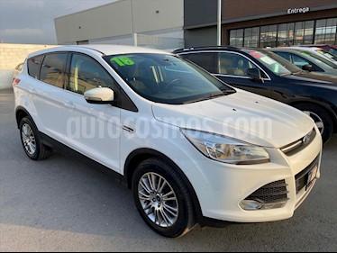 Ford Escape S PLUS 2.5 L usado (2016) color Blanco precio $230,000
