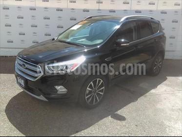 Ford Escape TITANIUM 2.5L usado (2017) color Negro precio $320,000