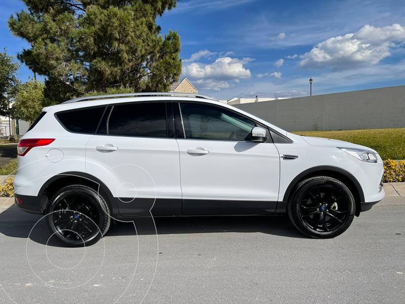 Ford Escape Titanium EcoBoost usado (2016) color Blanco precio $264,000
