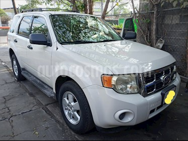 Ford Escape XLS usado (2010) color Blanco precio $120,000