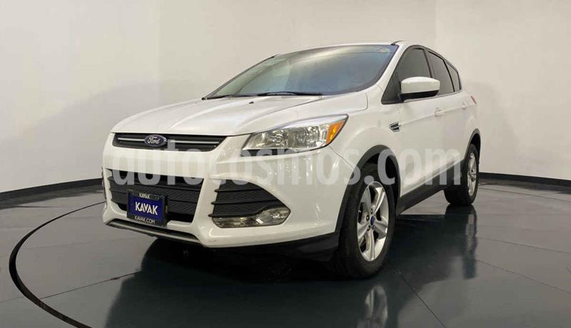 Ford Escape SE Plus con techo panoramico usado (2014) color Blanco precio $212,999
