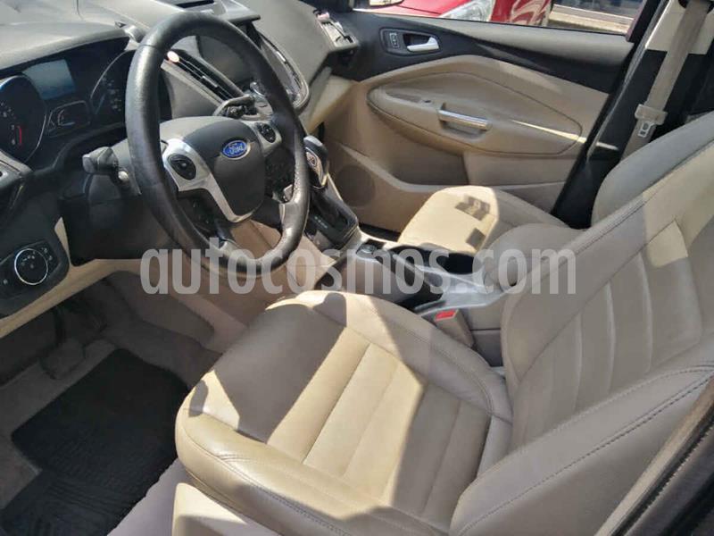 Ford Escape Titanium usado (2014) color Negro precio $215,000