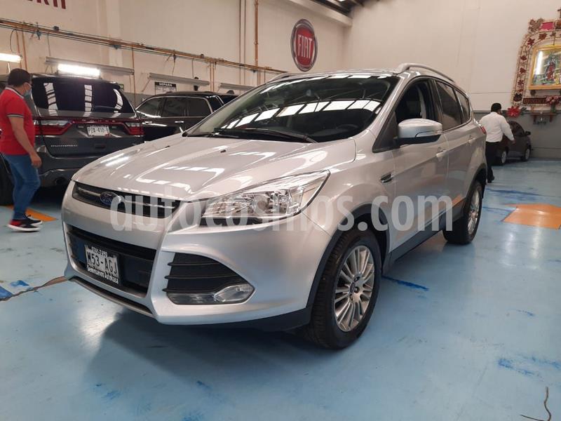 Foto Ford Escape Trend Advance usado (2015) color Plata Dorado precio $225,000