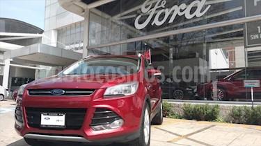 Ford Escape 5P TITANIUM L4/2.5 AUT usado (2016) color Rojo precio $310,000