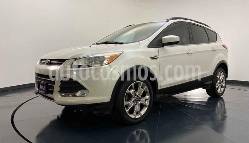 Ford Escape SE Plus con techo panoramico usado (2013) color Blanco precio $194,999