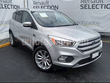 Ford Escape Trend Advance usado (2017) color Gris Nocturno precio $294,000