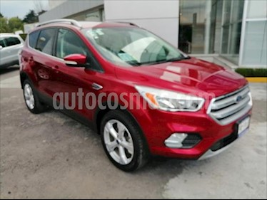 Ford Escape TREND ADVANCE 2.5L usado (2017) color Rojo precio $305,000