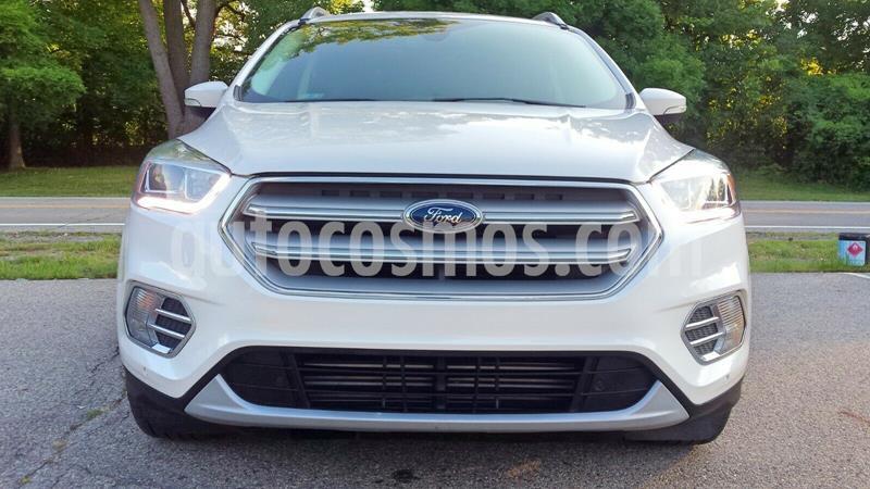 Ford Escape Titanium EcoBoost usado (2018) color Blanco precio $250,000