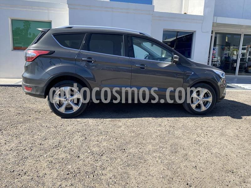 Ford Escape Trend Advance usado (2018) color Gris precio $330,000