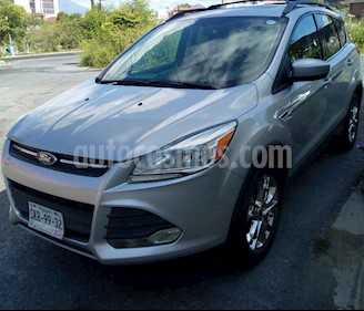 Ford Escape SE Advance usado (2014) color Plata precio $215,000