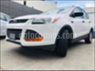Ford Escape S PLUS  2.5 L usado (2014) color Blanco precio $185,000