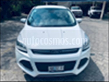 Foto Ford Escape S Plus usado (2016) color Blanco precio $369,000