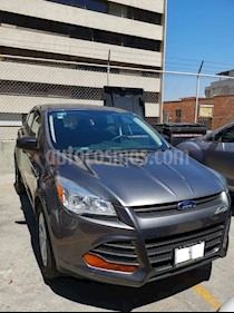 Ford Escape S Plus usado (2014) color Gris Nocturno precio $210,000