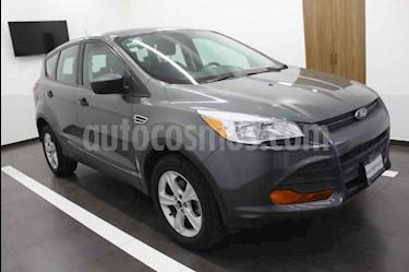 foto Ford Escape S usado (2013) color Gris precio $185,000