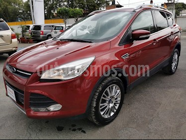 Ford Escape SE Advance usado (2018) color Rojo Rubi precio $265,000