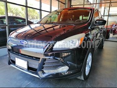 Foto venta Auto usado Ford Escape SE (2013) color Negro Profundo precio $174,000