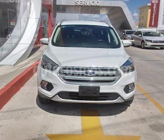 Foto Ford Escape SE usado (2017) color Blanco precio $260,000