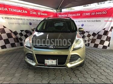 Foto venta Auto usado Ford Escape SE (2013) color Jenjibre precio $180,000