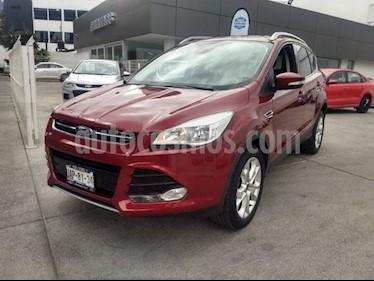 Foto venta Auto Seminuevo Ford Escape TITANIUM 2.5L (2016) color Rojo precio $294,000