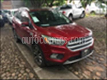 Ford Escape Titanium EcoBoost usado (2017) color Rojo precio $330,000