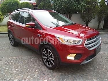 Foto venta Auto Seminuevo Ford Escape Titanium (2017) color Rojo Rubi precio $430,000