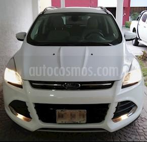 Foto venta Auto usado Ford Escape Titanium (2015) color Blanco precio $295,000