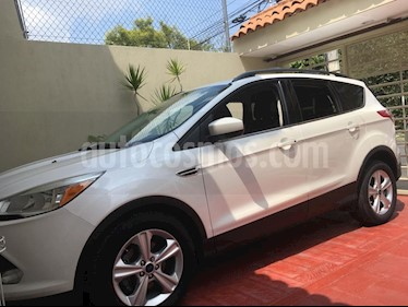 Ford Escape Trend Advance EcoBoost usado (2014) color Blanco Oxford precio $225,000