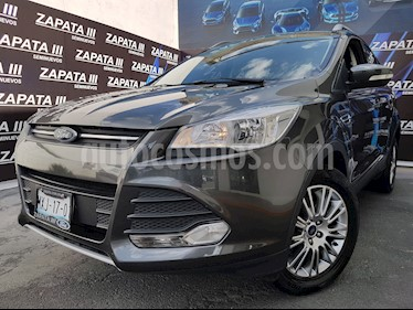 Foto Ford Escape Trend Advance usado (2016) color Gris Nocturno precio $239,900