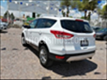Ford Escape Trend Advance usado (2015) color Blanco precio $230,000