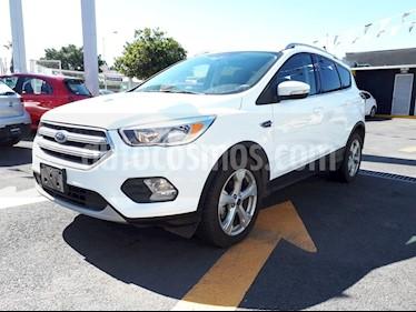 Foto venta Auto Seminuevo Ford Escape Trend Advance (2017) color Blanco Platinado precio $325,000